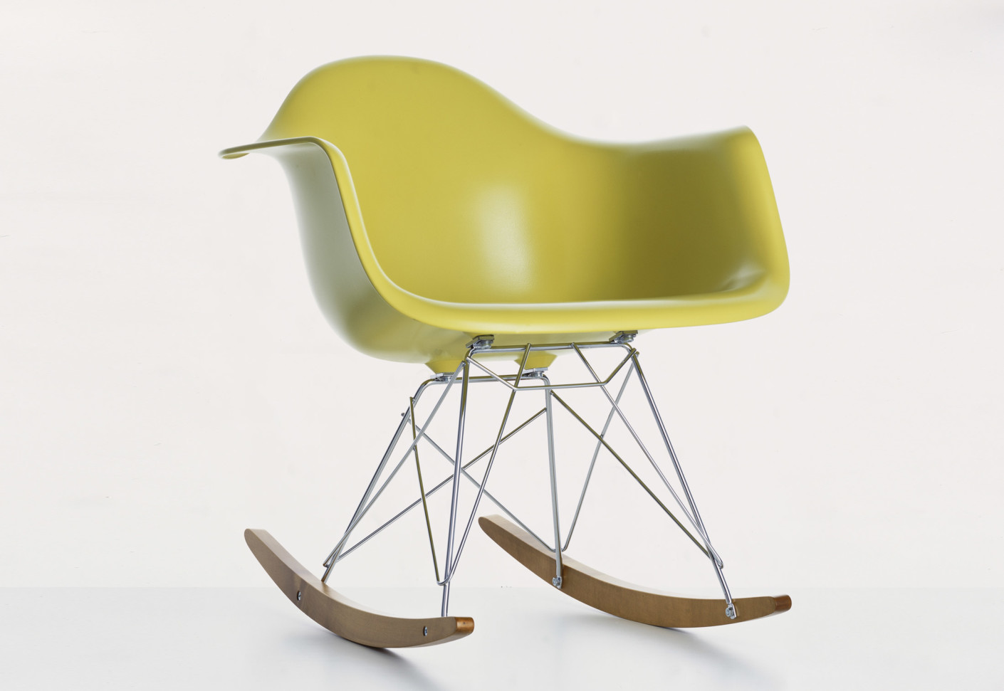 Eames plastic armchair rar by vitra stylepark - Rocking chair vitra ...