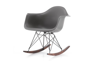 Eames Plastic Armchair RAR  by  Vitra