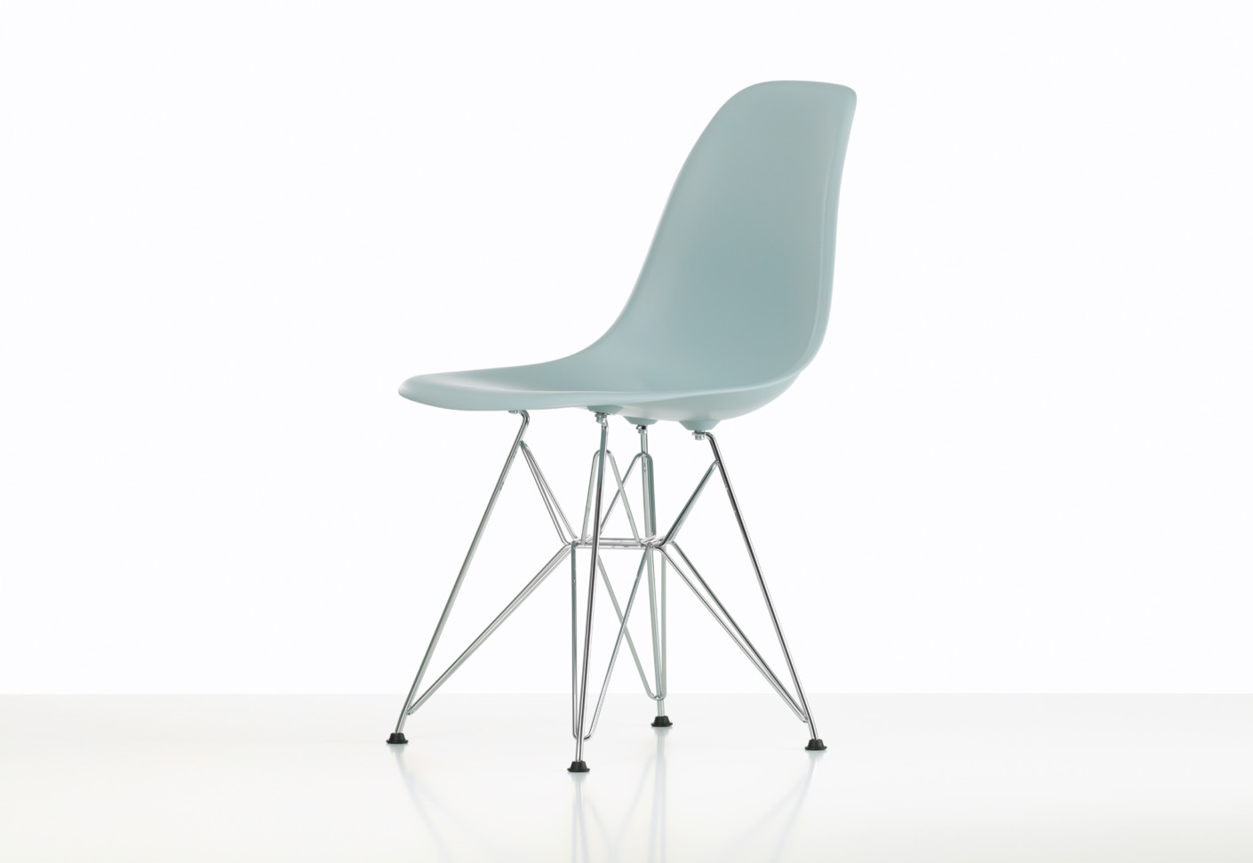 eames plastic side chair dsr by vitra stylepark. Black Bedroom Furniture Sets. Home Design Ideas