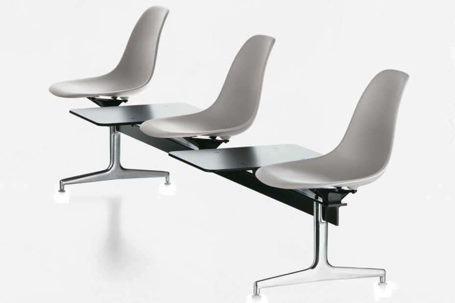 Eames Plastic Side Chair On Stretchers By Vitra Stylepark
