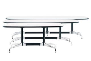 Eames Segmented Table  von  Vitra