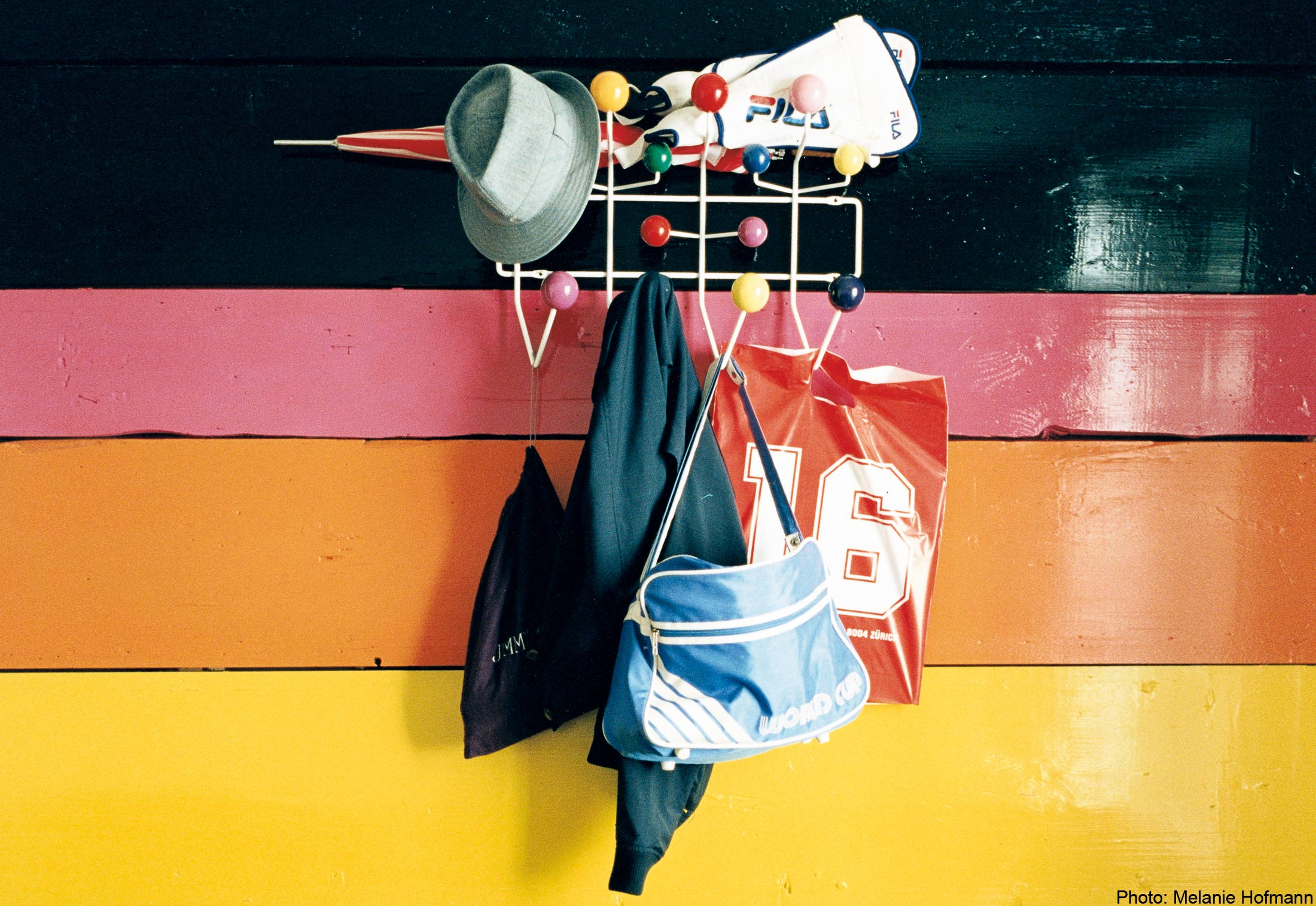 hang it all von vitra stylepark. Black Bedroom Furniture Sets. Home Design Ideas