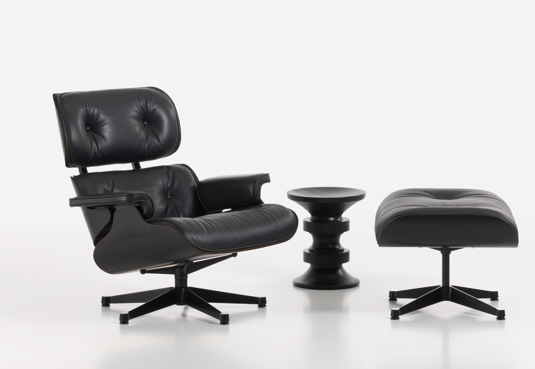 lounge chair von vitra stylepark. Black Bedroom Furniture Sets. Home Design Ideas