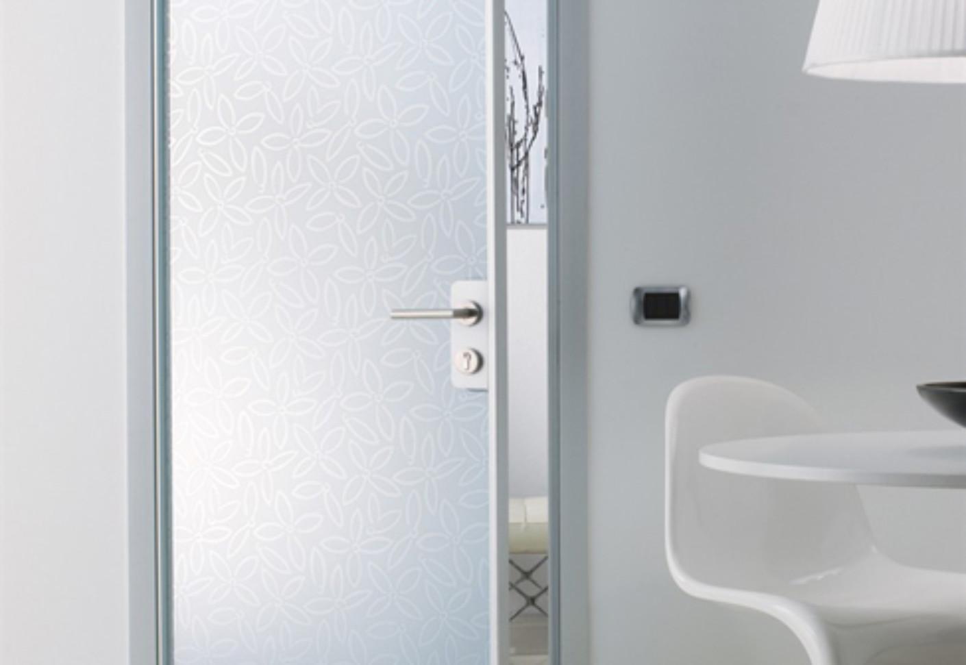Madras per porte alluminio vetro von vitrealspecchi for Porte a porte finsbury park