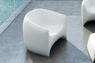 Blow armchair  by  VONDOM