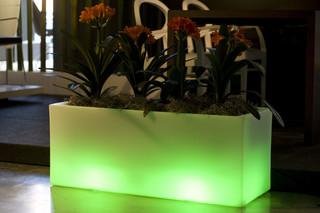 Jardinera Llum  by  VONDOM