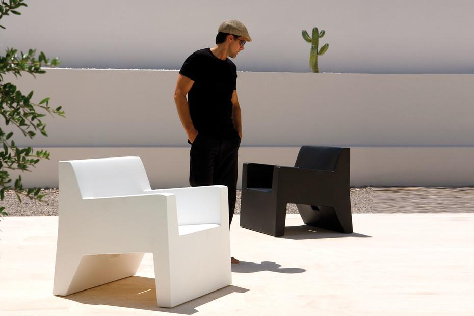 JUT Lounge Sessel