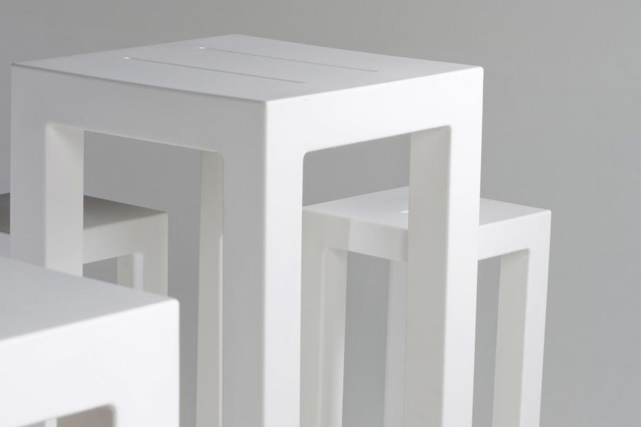 JUT Tisch 50