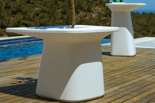 Moma medium  by  VONDOM