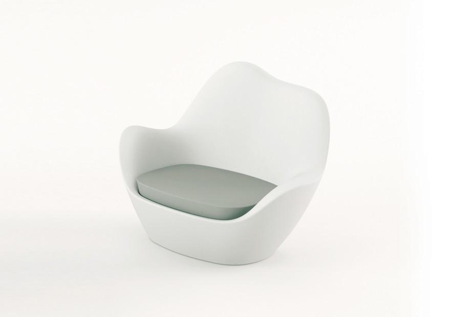 Sabinas armchair