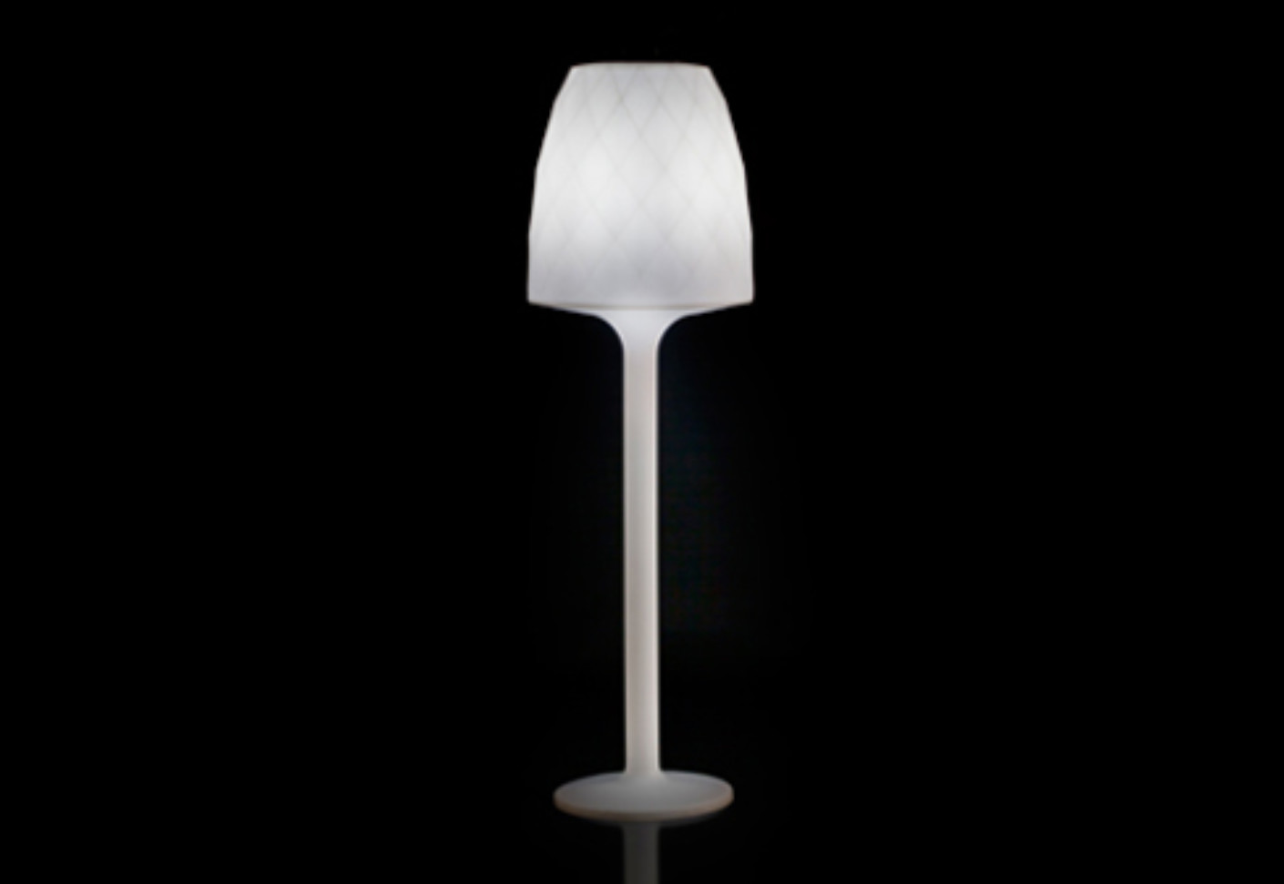 Vases Led Floor Lamp By Vondom Stylepark