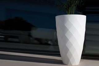 Vases pot  by  VONDOM
