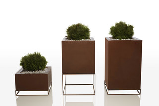 Vela pot  by  VONDOM