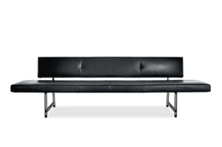 Foster 510 bench  by  Walter Knoll
