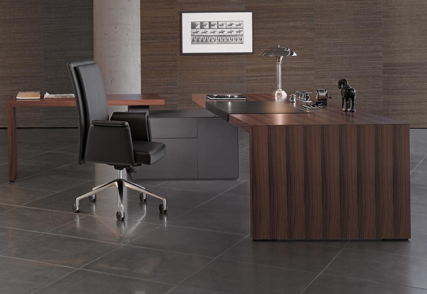 headoffice mono desk by walter knoll stylepark. Black Bedroom Furniture Sets. Home Design Ideas