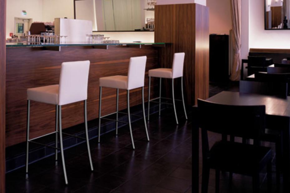 Jason bar stool