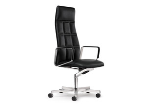 Leadchair Executive  by  Walter Knoll