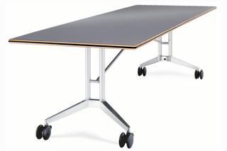 Confair 440/1 folding table  by  Wilkhahn