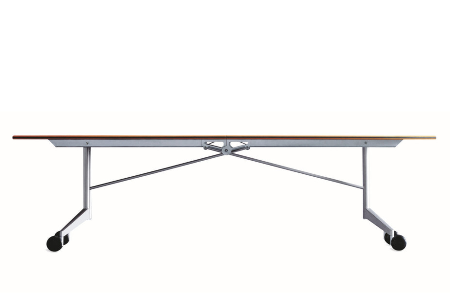 Confair 440/1 folding table