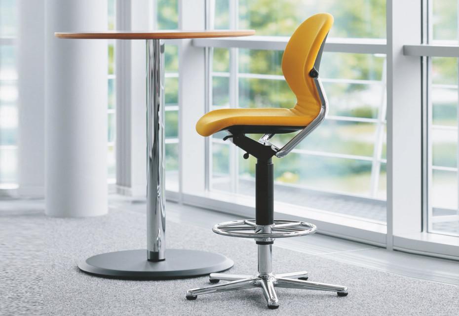 FS 211/1 Swivel chair high