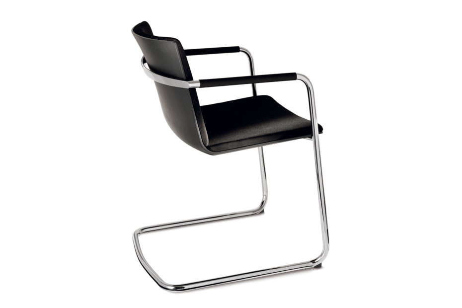 Neos 183/5 Cantilever chair