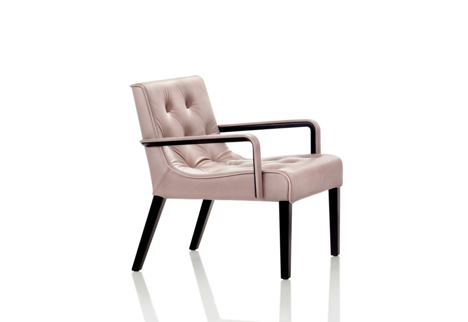 Leslie armchair with armrests