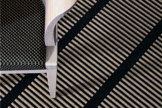 CUT STRIPE  von  Woodnotes