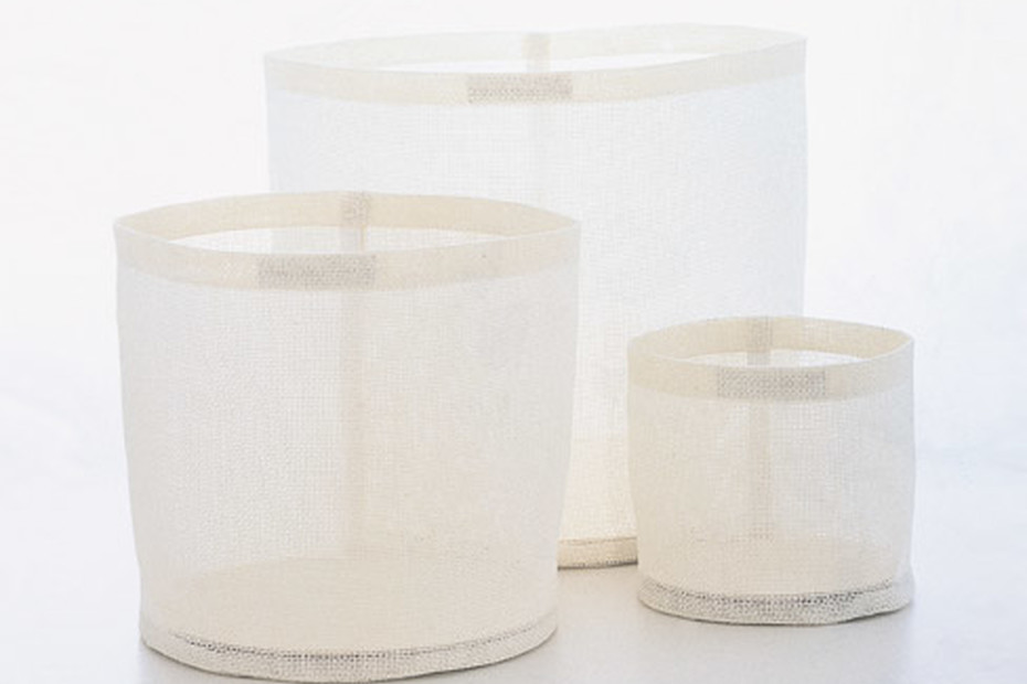 ROUND ZONE CONTAINERS