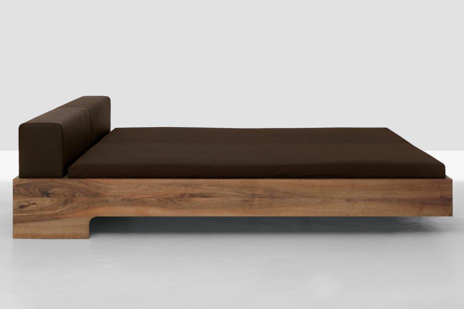 doze von zeitraum stylepark. Black Bedroom Furniture Sets. Home Design Ideas