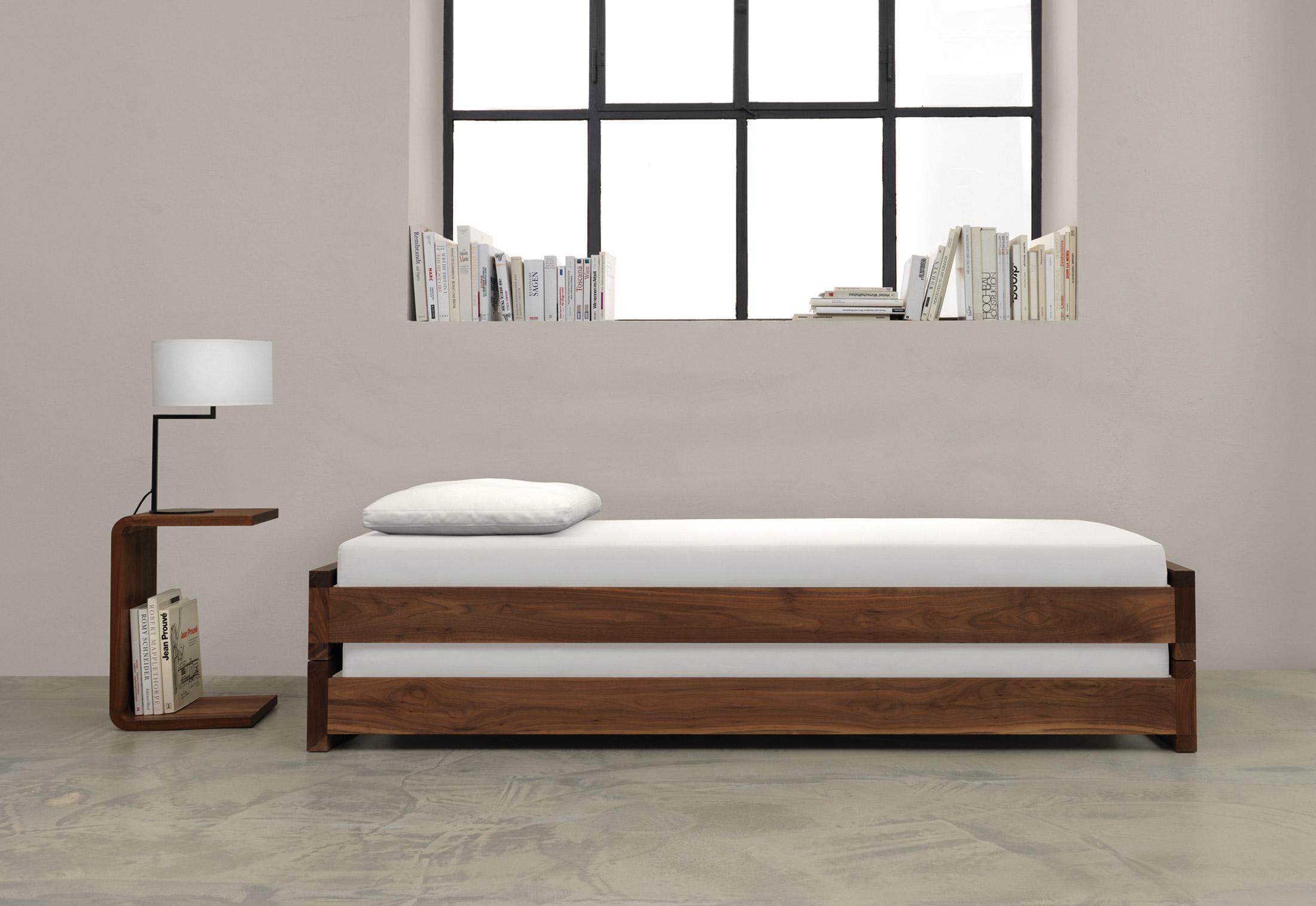 guest von zeitraum stylepark. Black Bedroom Furniture Sets. Home Design Ideas
