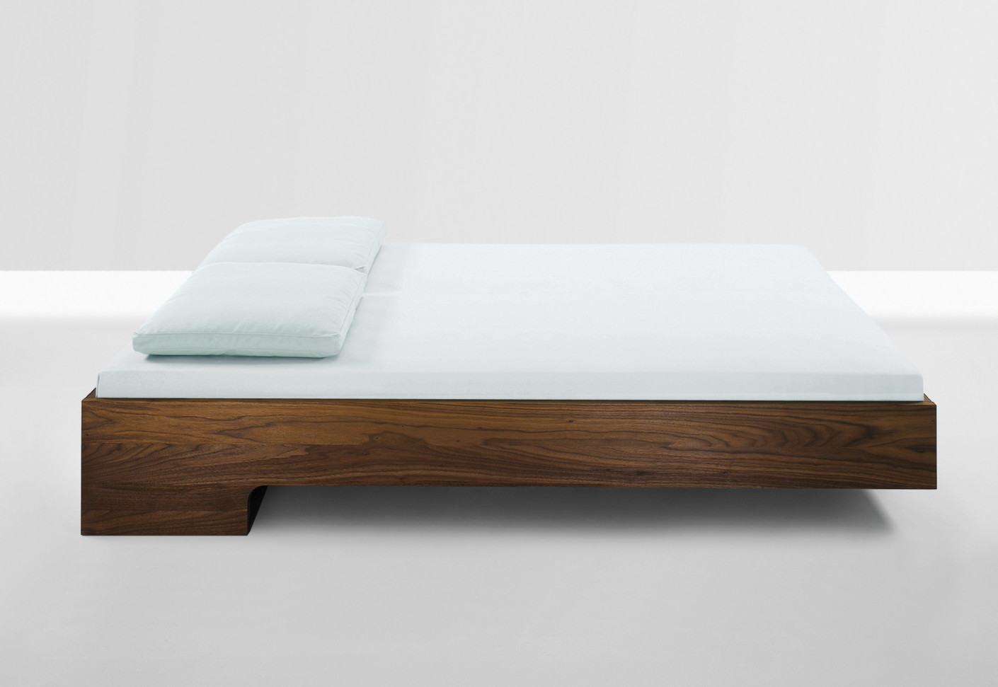 Snooze Bedroom Furniture Snooze By Period Of Time Stylepark